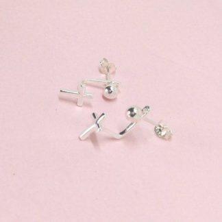 d81d3dc00a94 pendientes de cruz plata