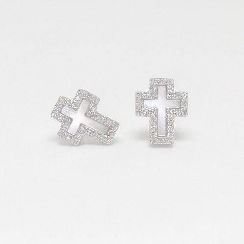 pendientes de cruces