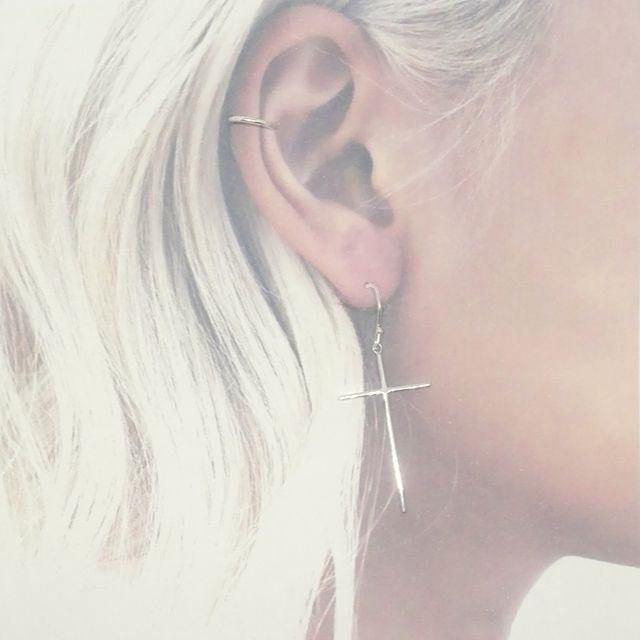 Pendientes diferentes para la oreja